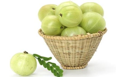 A Natural Diabetes Treatment That Works!_amla-basket