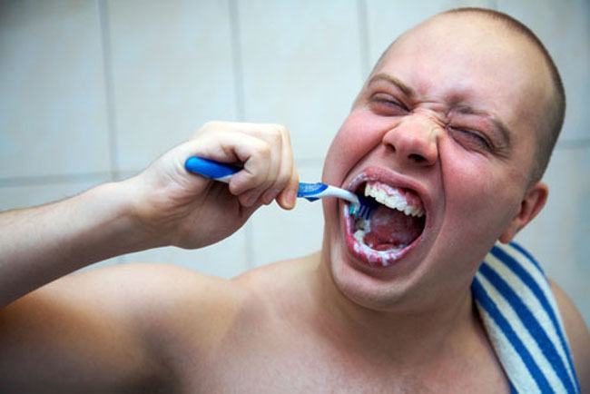 10 Everyday Habits That Ruin Your Oral Health