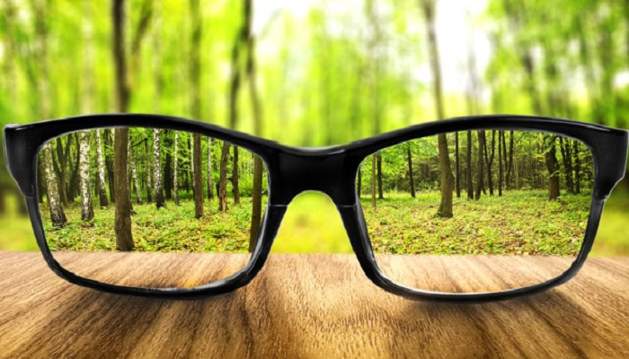 3 Ways to Naturally Treat Blurry Vision_blurred without glasses