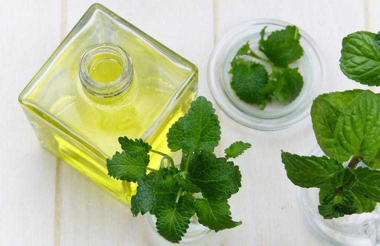 Peppermint Oil Recipes for Healthier Hair